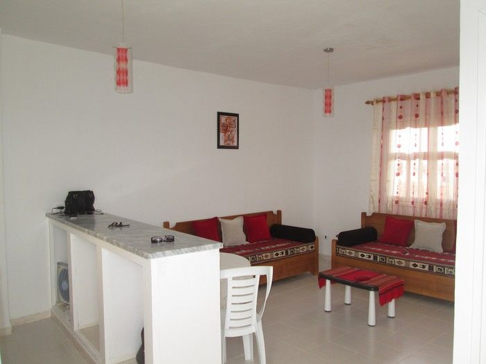 Av maison rdc appartement 10min de hammamet sud vente for Vente appartement rdc