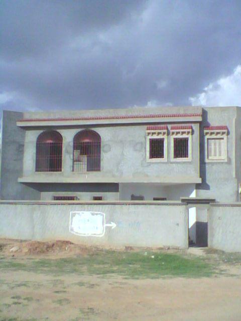 Villa lel bi3 vente villa cit 2000 immobilier en for Jardin 2000 tunisie