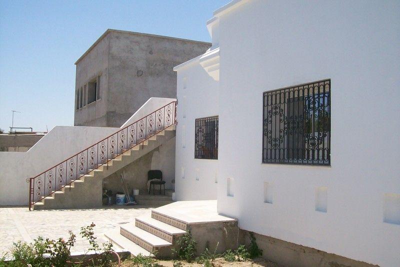 A vendre une villa r cente vente villa hammamet for Achat maison zarzis
