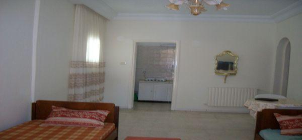 Coquet studio meubl location appartement hammam sousse for Inter meuble hammam sousse