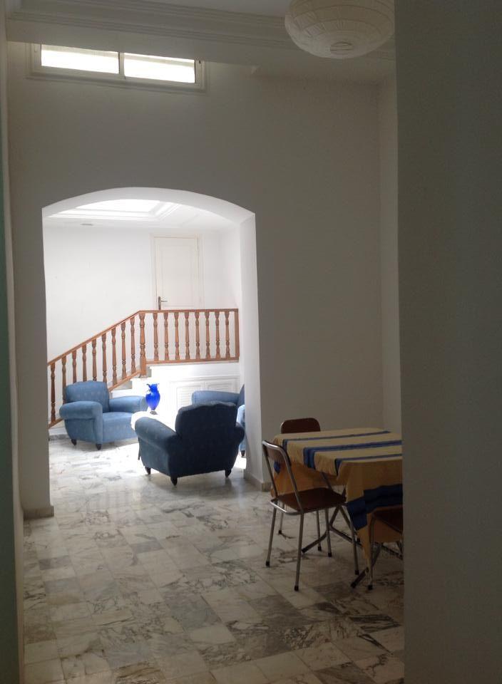 Maison s 2 meubl carthage amilcar location maison for Location maison meuble
