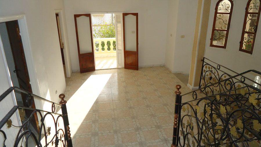 villa style am ricain sahloul sans meuble location villa sahloul. Black Bedroom Furniture Sets. Home Design Ideas