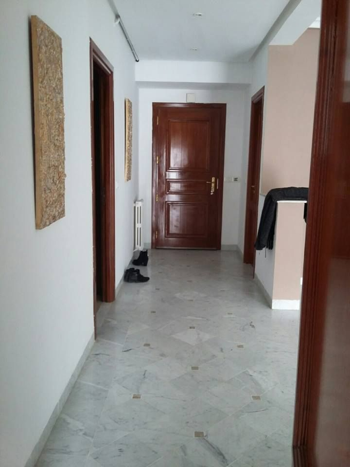 Appartement ain zaghouan nord 1300 dt location for Agence immobiliere zaghouan
