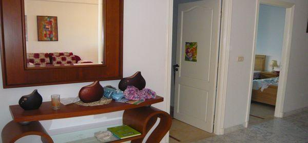 un rez de chauss bien meubl au bord de la mer location appartement el kantaoui. Black Bedroom Furniture Sets. Home Design Ideas