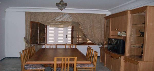 jolie villa avec piscine et proche de la mer location maison hammam sousse. Black Bedroom Furniture Sets. Home Design Ideas