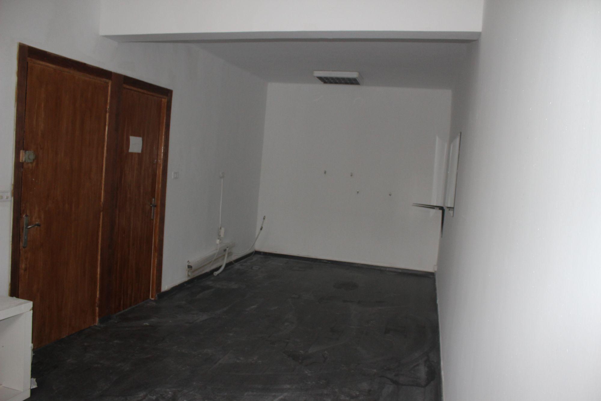 un cabinet m dical spacieux rades location bureau rades. Black Bedroom Furniture Sets. Home Design Ideas