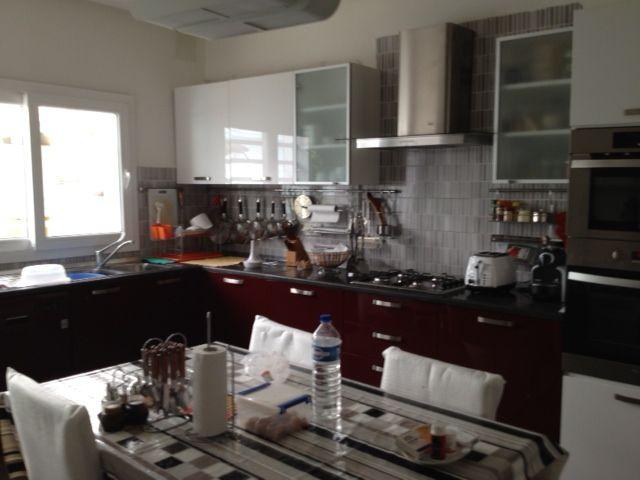 Gammarth a vendre villa haut standing avec piscine vente for Meuble bureau kairouan