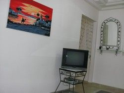 Location vacance tunis location vacances appartement for Meuble bureau kairouan