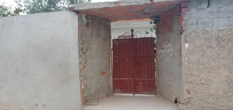 A sidi hammed maison inachevé de 130m