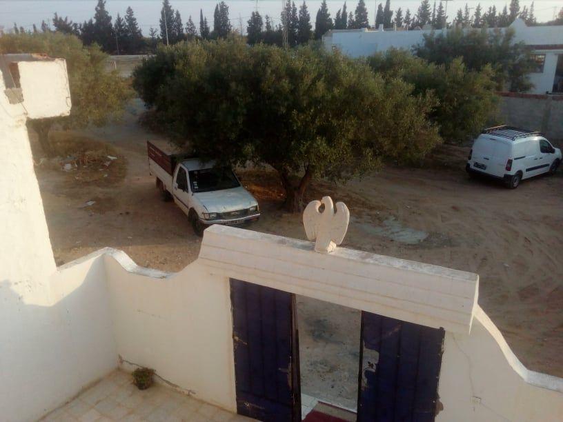 Hamammet sud coté bassabsaia une maison sur terrain de 170m