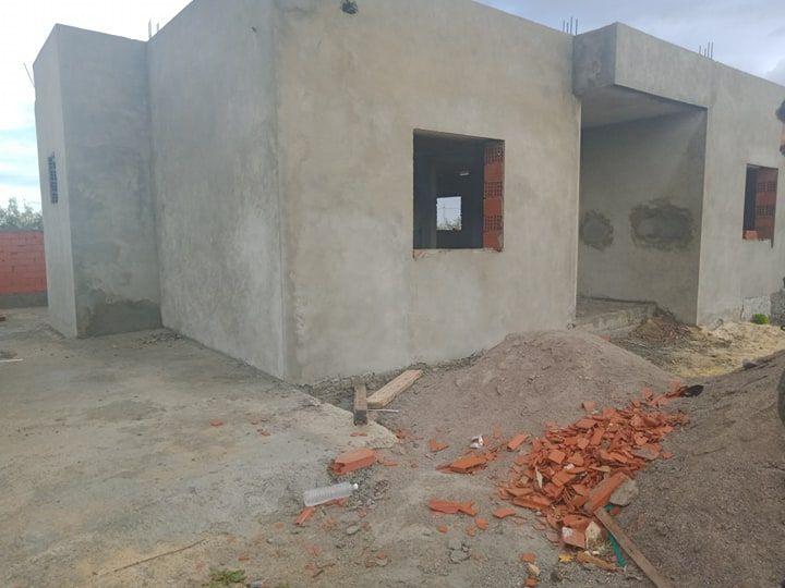 A vendre a hamammet coté sud bassbasia maison inachevé
