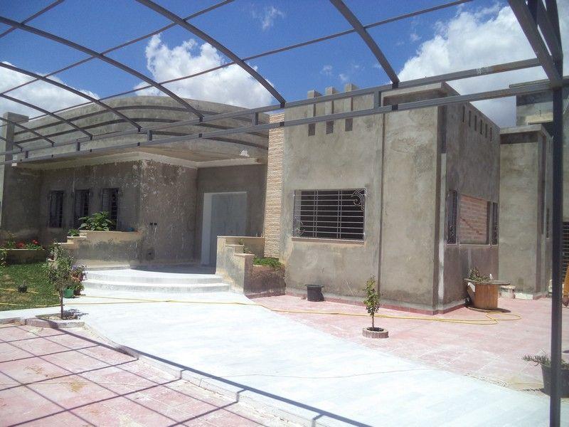 Villa de 500m² pas loin de hammamet yasmine