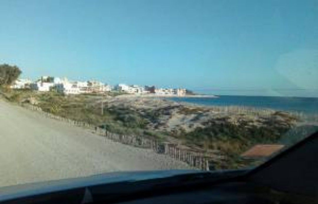 Terrain à beni khiar directement à la plage