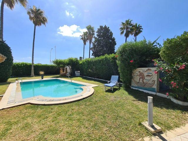 Villa des arcades avec piscine av à l'entrée de nabeul