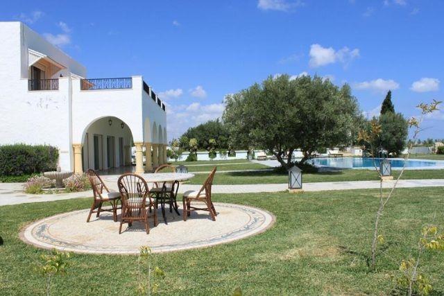 Villa chahrazedréf:  une opportunité hammamet