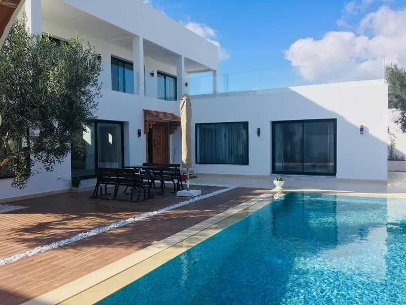 Villa cute réf:  villa cute avec piscin