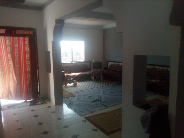 Une maison 900 m a latrach hammamet