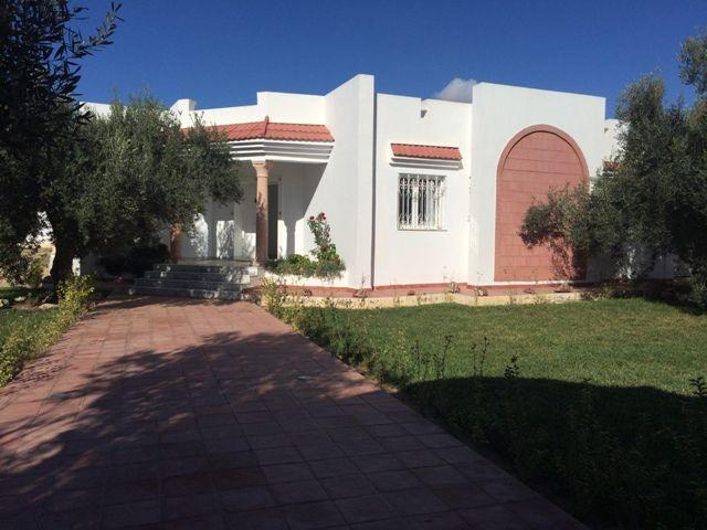Villa hasna réf: villa non meublée