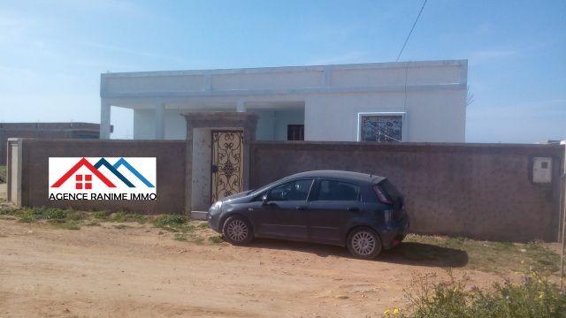 Villa indépendante ds 500m² a la mer el haouaria