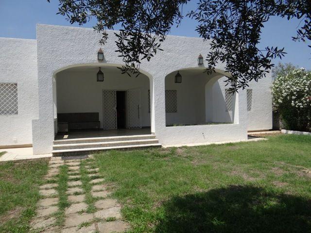 Villa calypso av à hammamet vers le sud