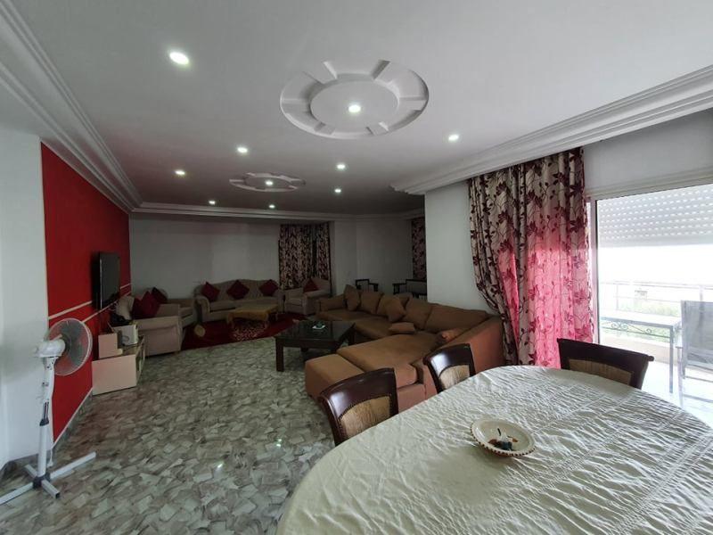 Appartement royale réf:location annuelle