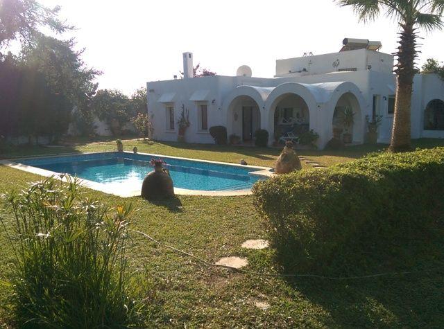 Villa karamréf:  villa avec piscine