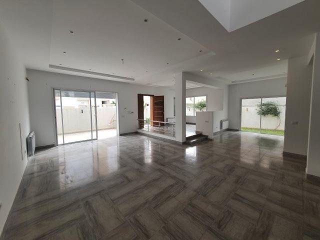 Villa bonbon réf:location annuelle