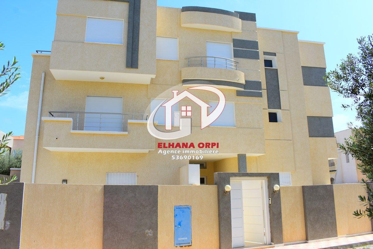 Immeuble r+2 neuf au beau de mahdia3
