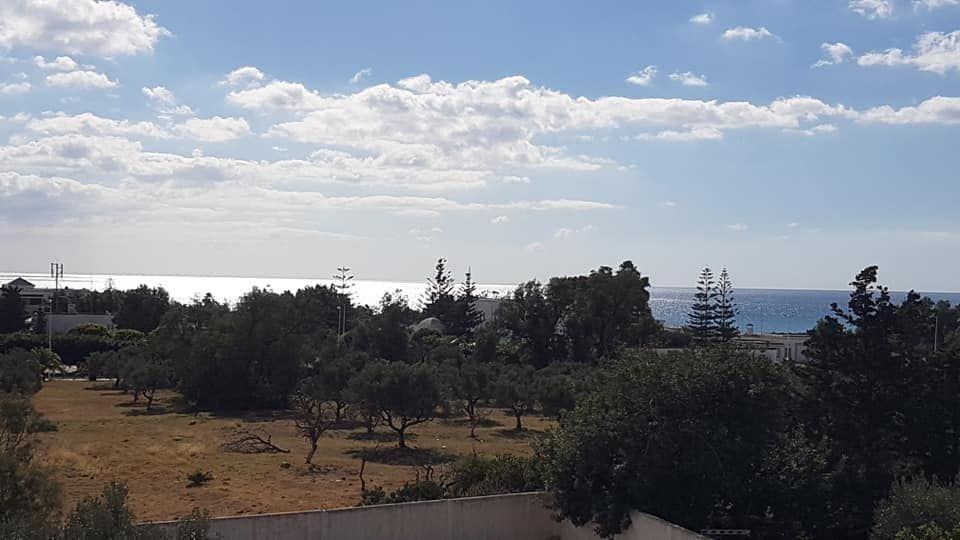 Terrain à zone touristique vue mer