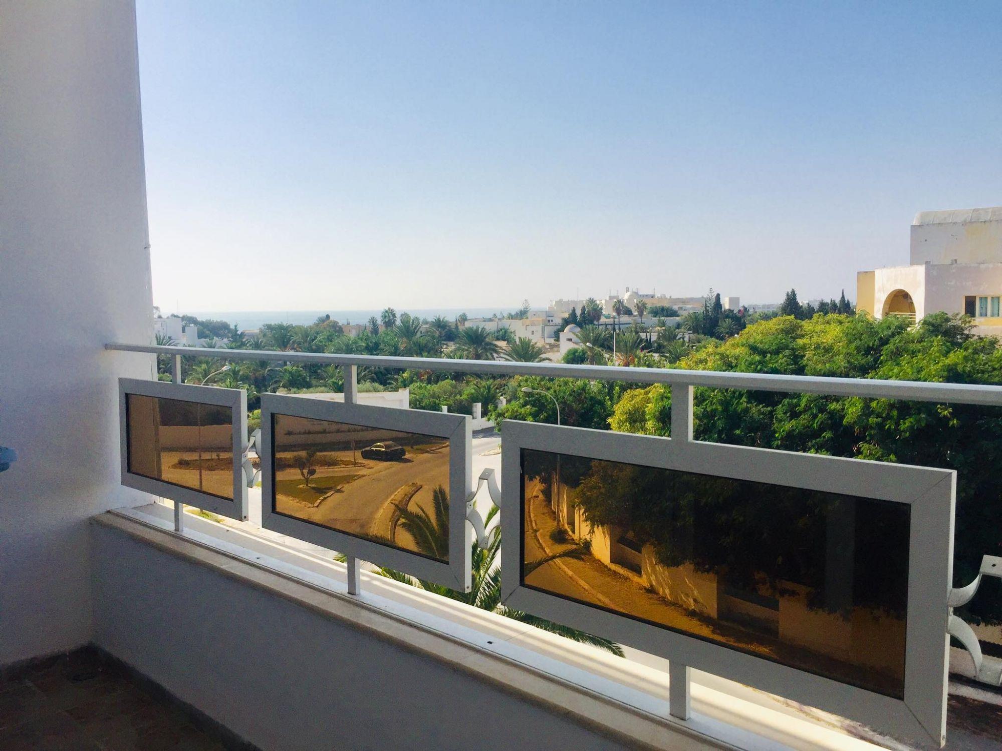 Appartement vue mer à la zone touristique