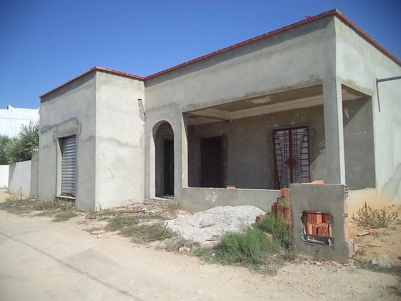 Maison au cours de finition 250m² à hammamet sud