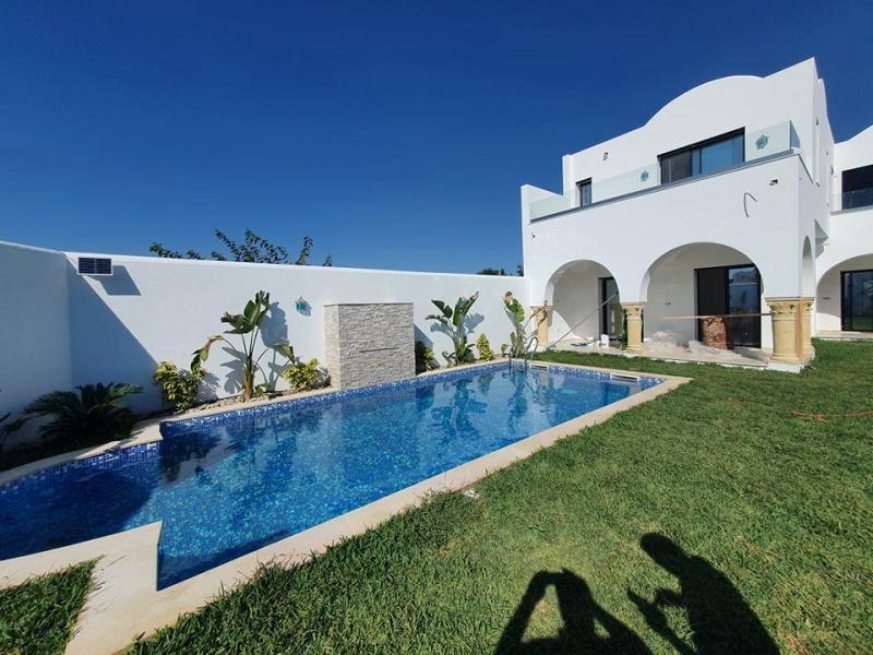 Villa flori réf:  vente villa avec piscine à hammamet