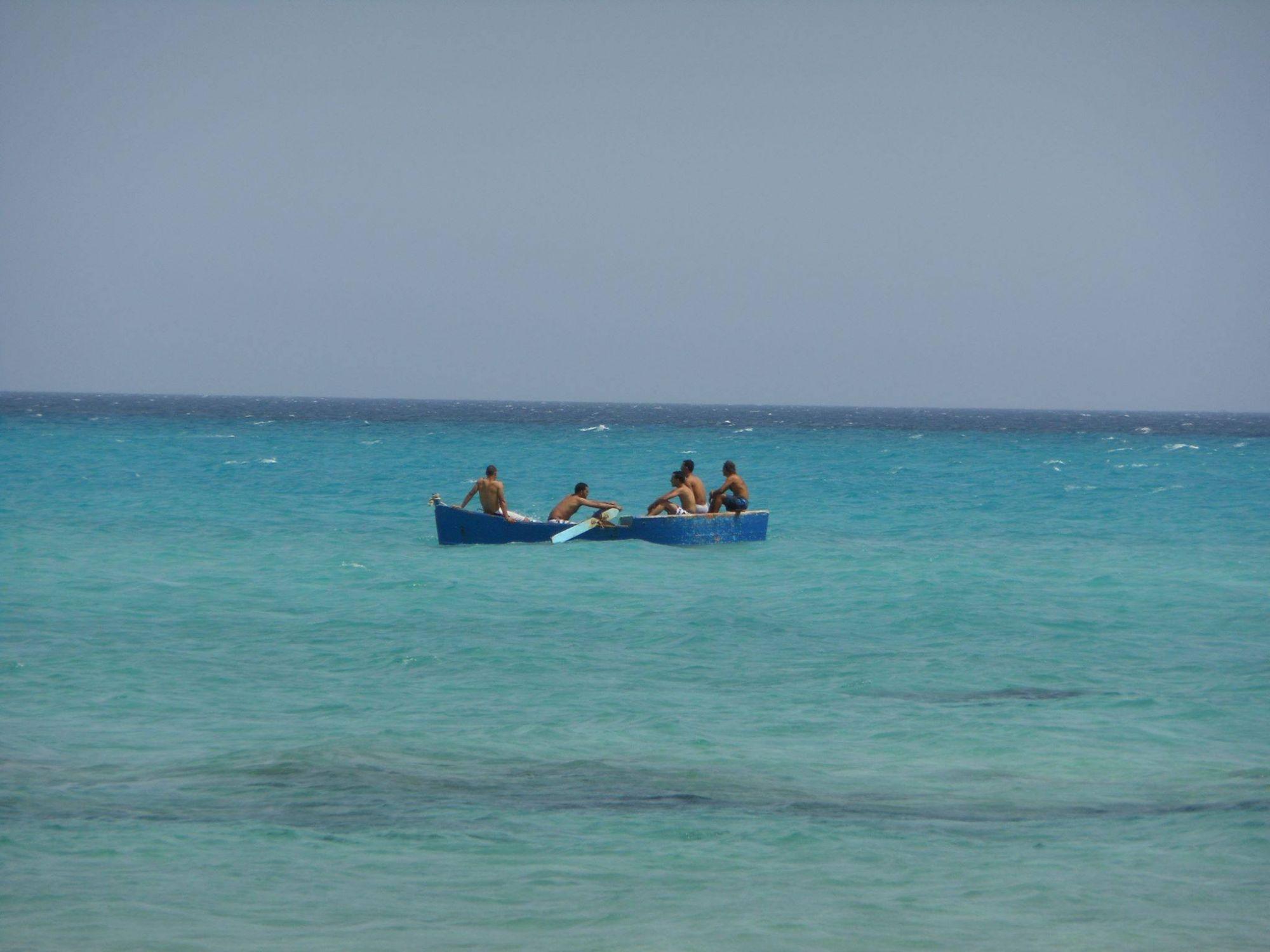Terrain au bord de la plage d'ezzahra près de hammam elghezaz