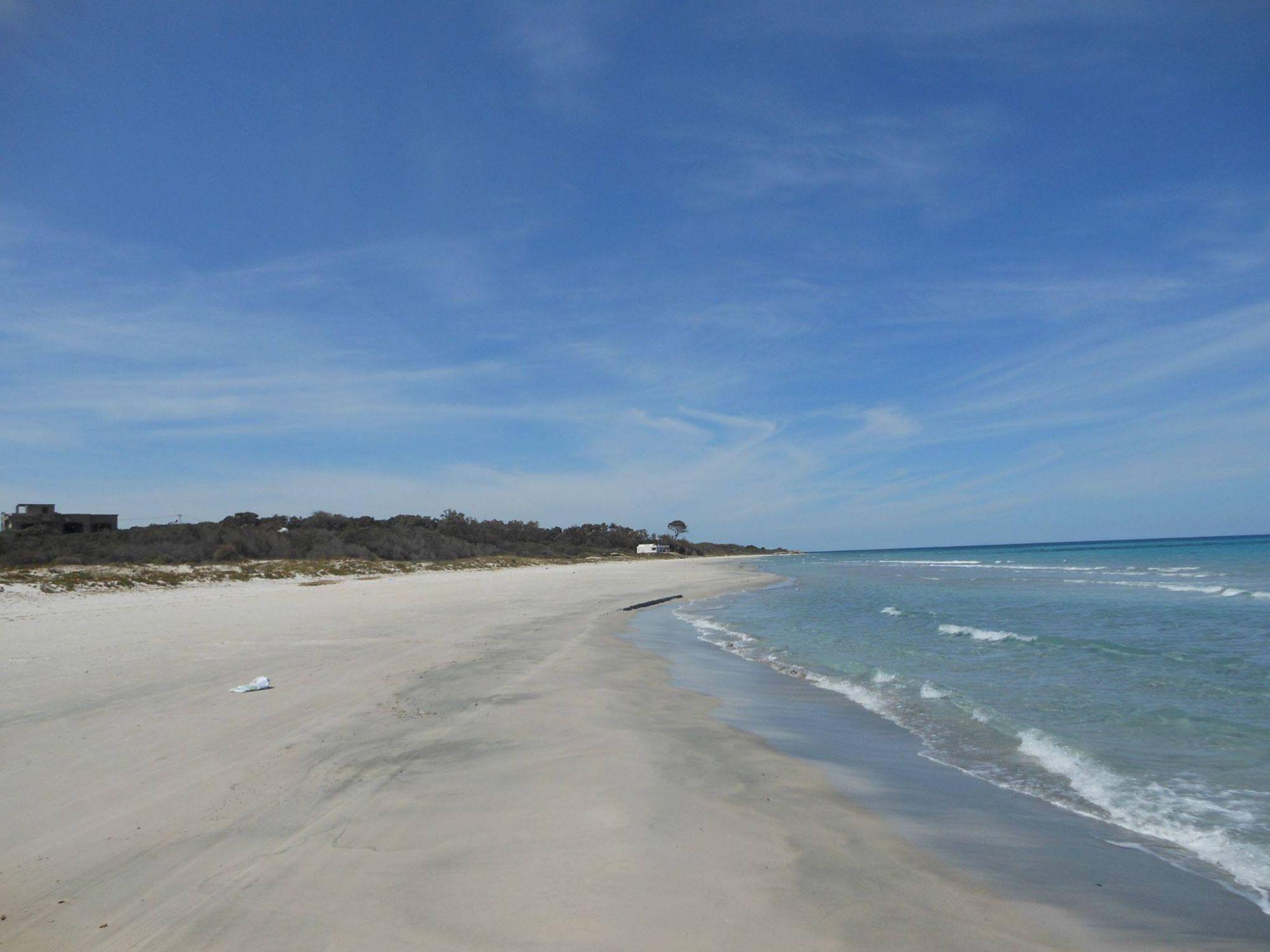 Terrain au bord de la plage à nabeul hammem el ghezez