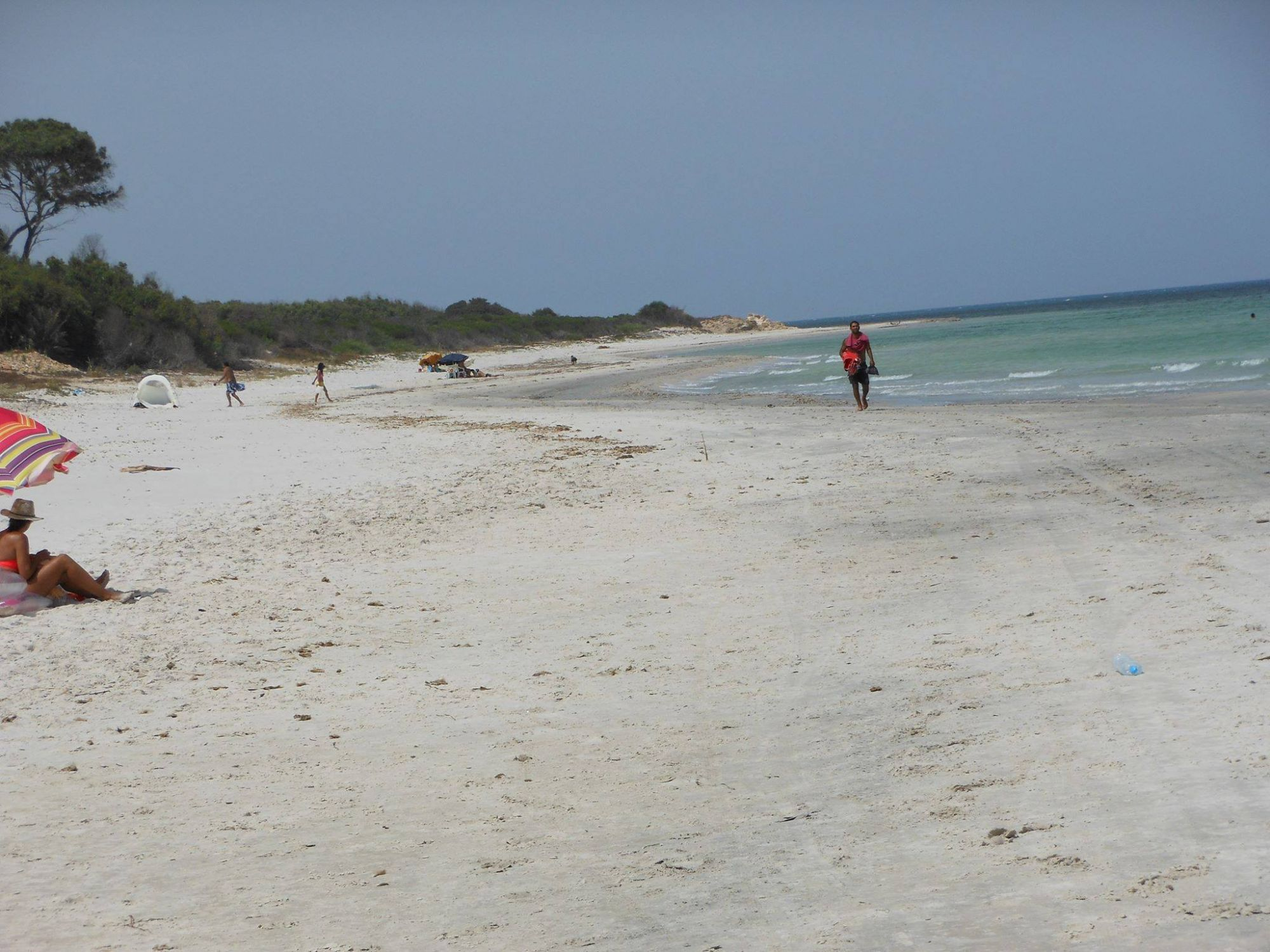 Terrain au bord de la plage à nabeul rtiba