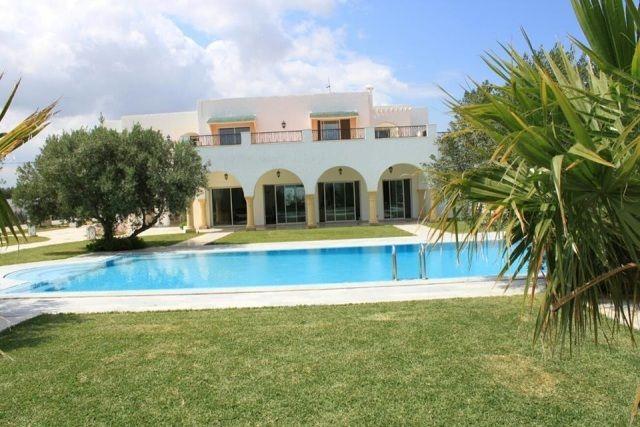 Villa chahrazed réf: villla avec piscine