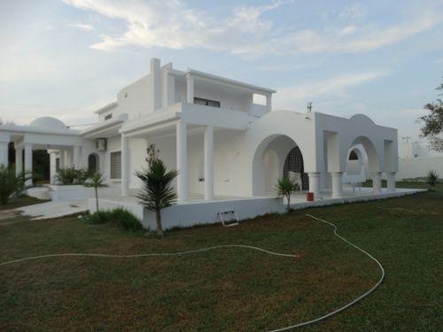 Villa younan 2 réf: hammamet besbassia