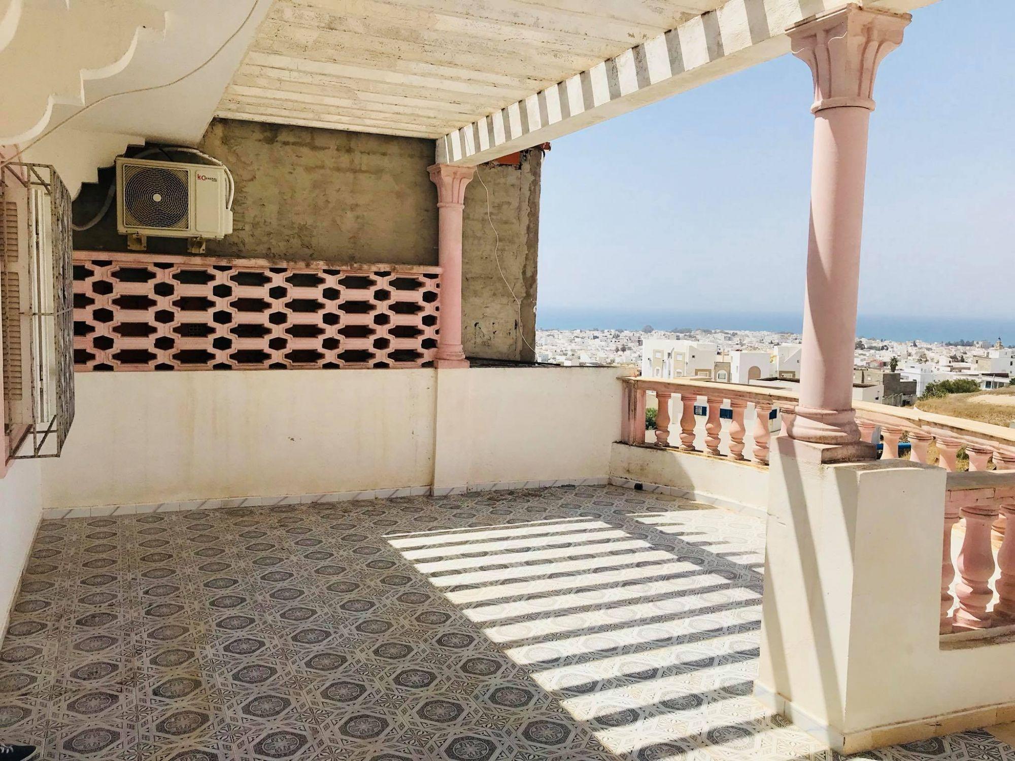 Une grande maison indépendante vue mer panoramique à hammamet