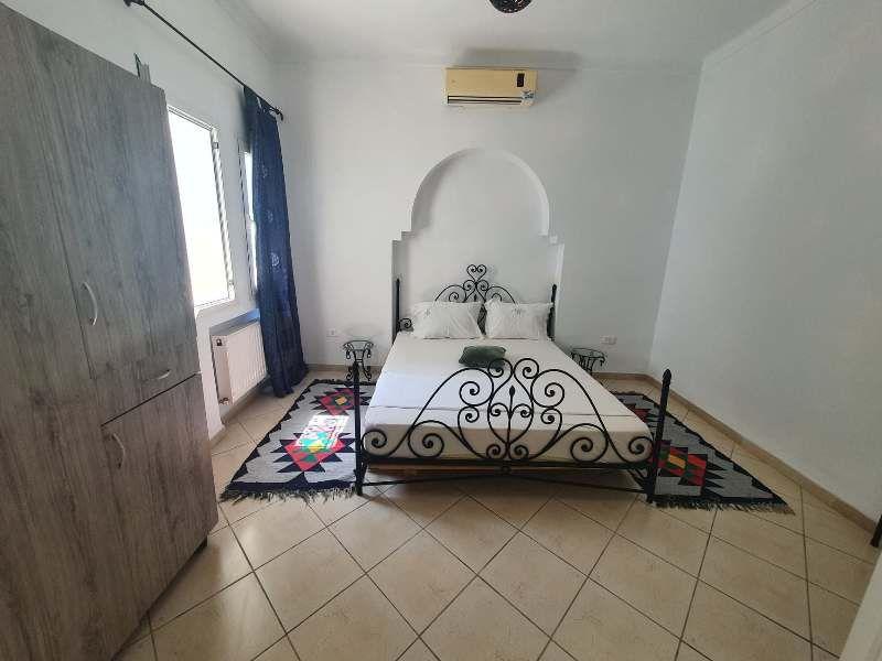 Maison feninaréf:  location de vacance