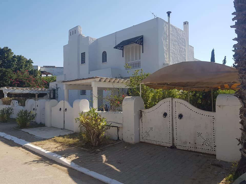 Villa s+5 à jinen hammamet