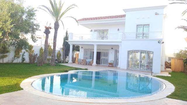 Villa haifaréf: villa avec piscine
