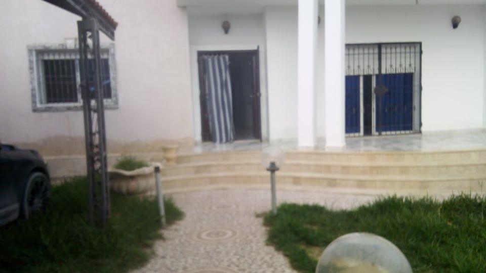 Av une belle villa avec jardin à barraket sahel nd