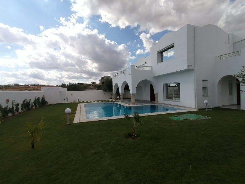 Av une belle villa avec un style traditionnel de hammamet nd