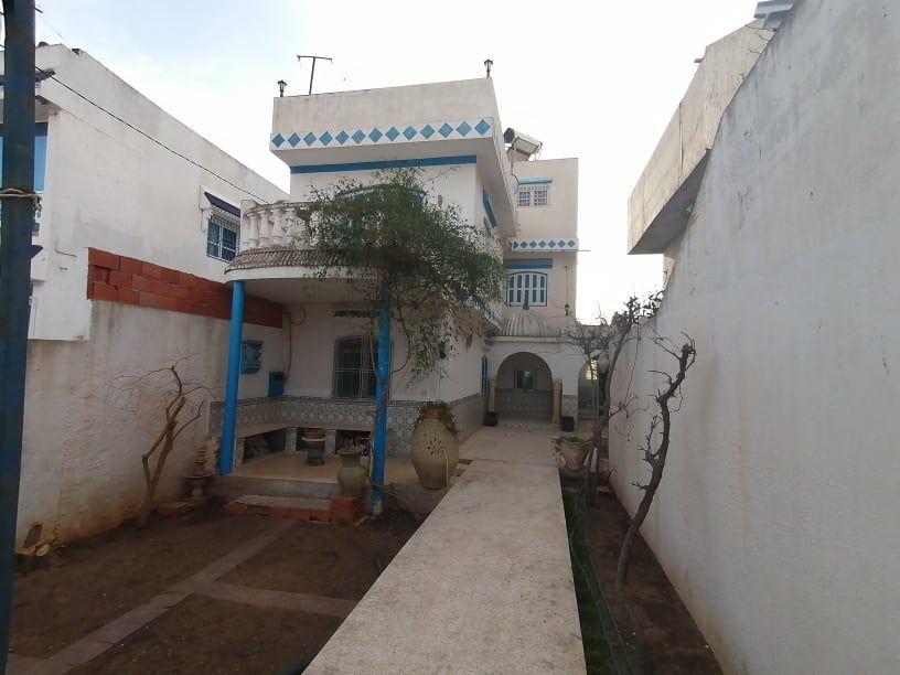 Av une belle villa style duplex à hammamet sud n