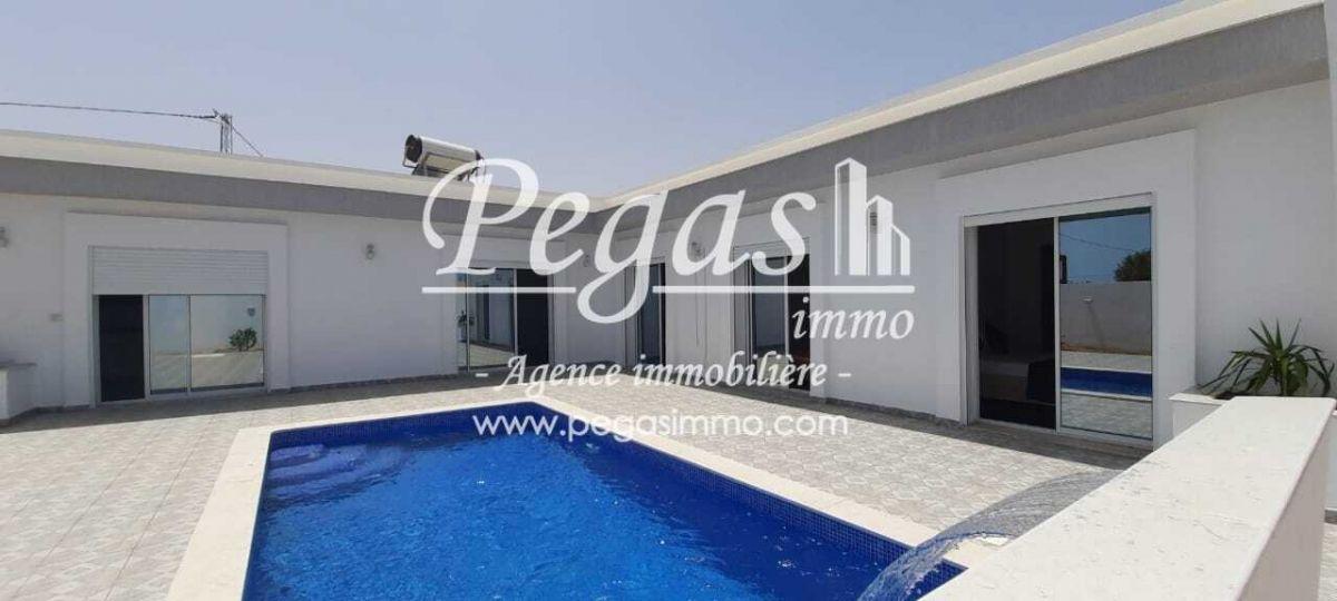 A louer une maison de charme avec piscine privative À djerbamid