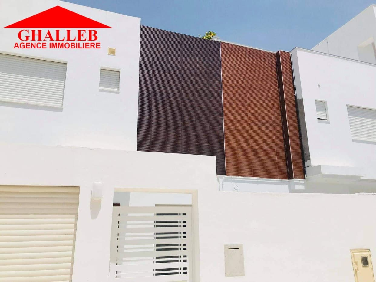 Av une belle villa style duplex à hammamet nord m