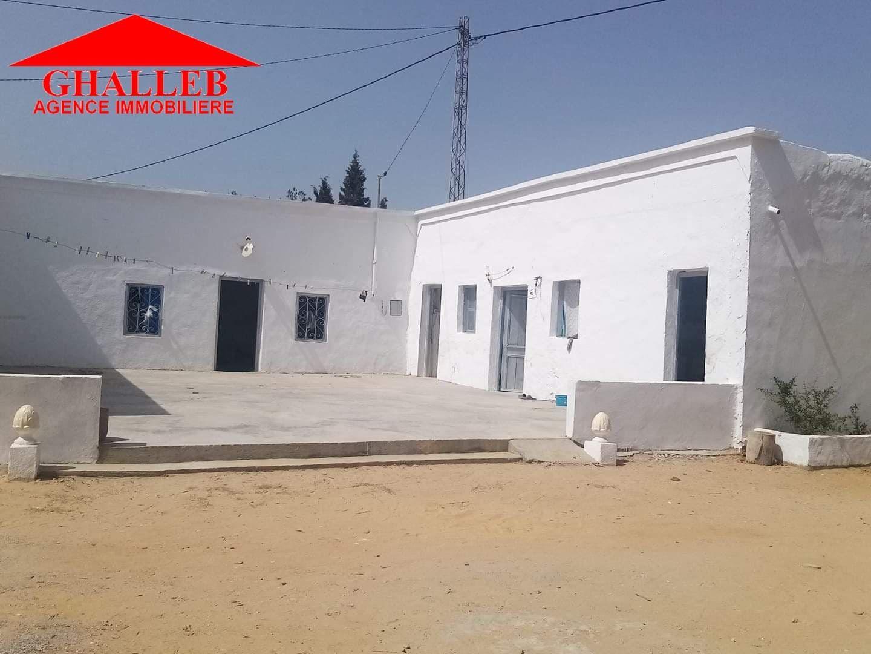 Une maison style arabesque a hammamet gh