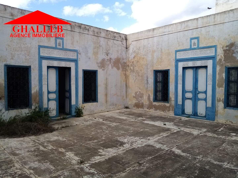 Une maison style arabe au cœur hammamet ville g