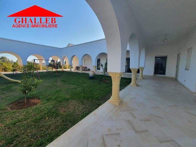 Av une belle villa à hammamet sud marwa