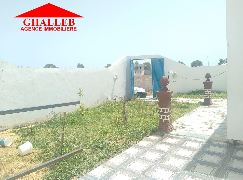 Une maison avec jardin proximité yesmine hammamet gh